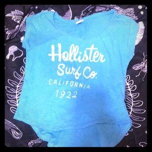 Hollister Tops - 🖤Surf Co Scoop Tee🖤